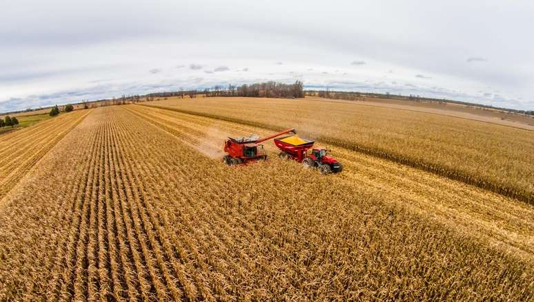 NAICS Code 115113 - Crop Harvesting, Primarily by Machine