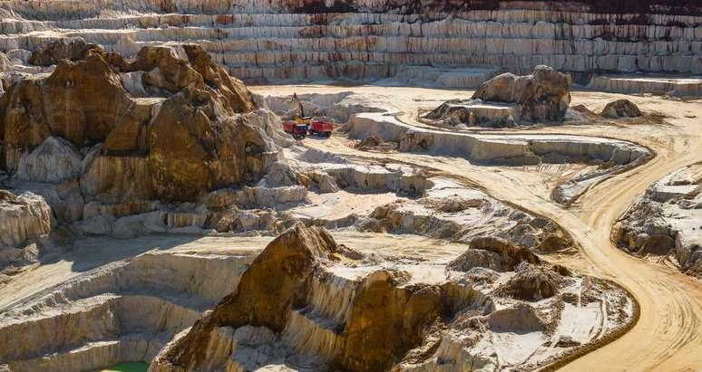 NAICS Code 212324 - Kaolin and Ball Clay Mining