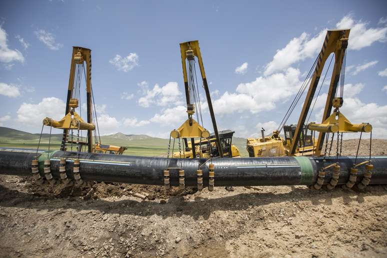 NAICS Code 237120 - Oil and Gas Pipeline and Related Structures Construction