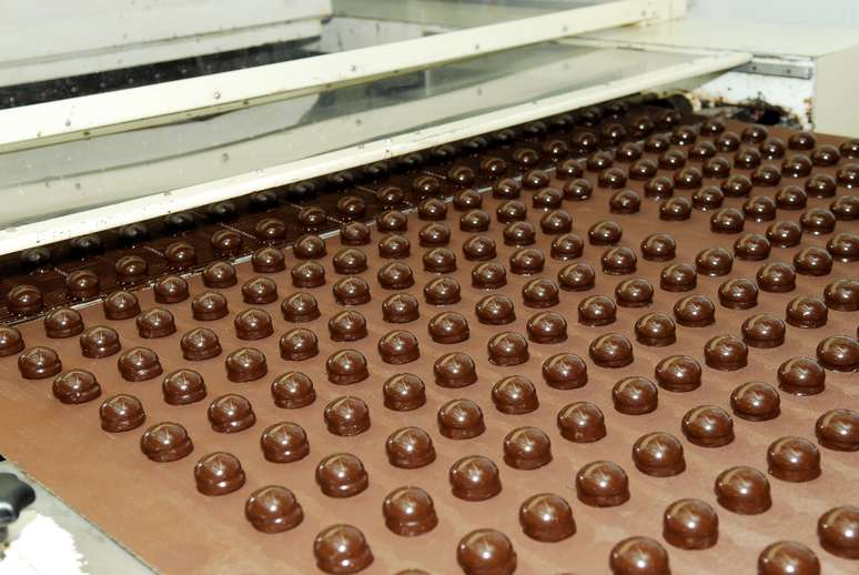 NAICS Code 311351 - Chocolate and Confectionery Manufacturing from Cacao Beans