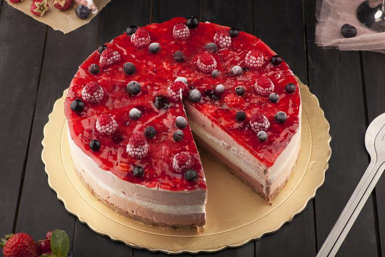 NAICS Code 311813 - Frozen Cakes, Pies, and Other Pastries Manufacturing