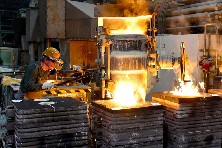 NAICS Code 331513 - Steel Foundries (except Investment)