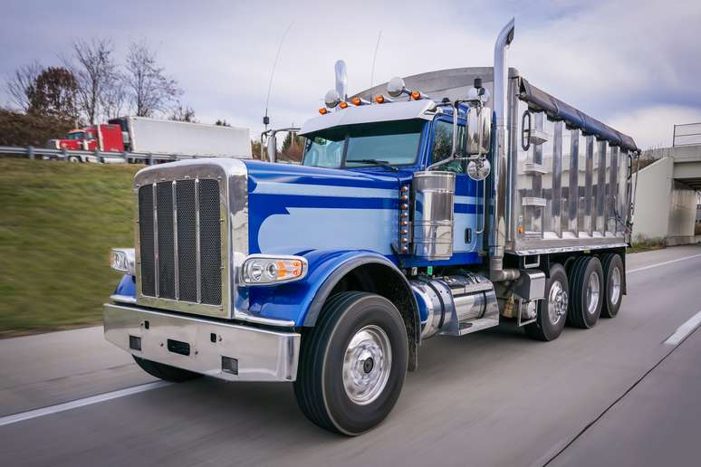 NAICS Code 336120 - Heavy Duty Truck Manufacturing