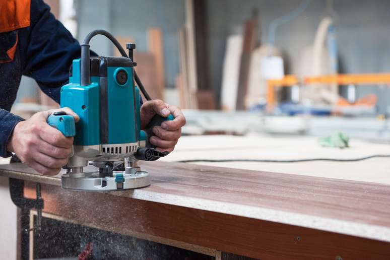 NAICS Code 33711 - Wood Kitchen Cabinet and Countertop Manufacturing