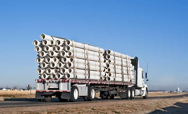 NAICS Code 48423 - Specialized Freight (except Used Goods) Trucking, Long-Distance