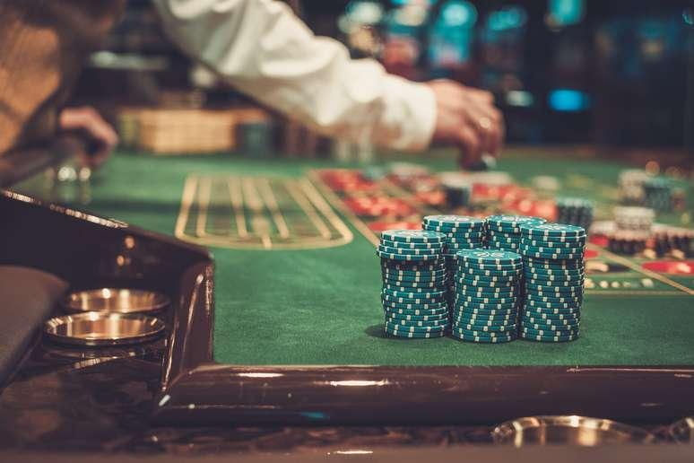 NAICS Code 71321 - Casinos (except Casino Hotels)