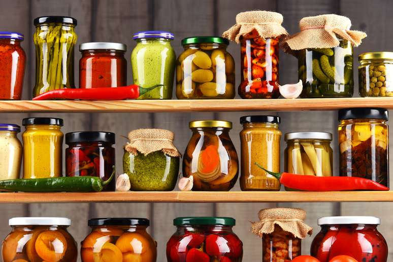 SIC Code 2035 - Pickled Fruits and Vegetables, Vegetable Sauces and Seasonings, and Salad...