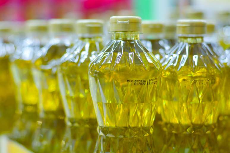 SIC Code 2076 - Vegetable Oil Mills, except Corn, Cottonseed, and Soybean