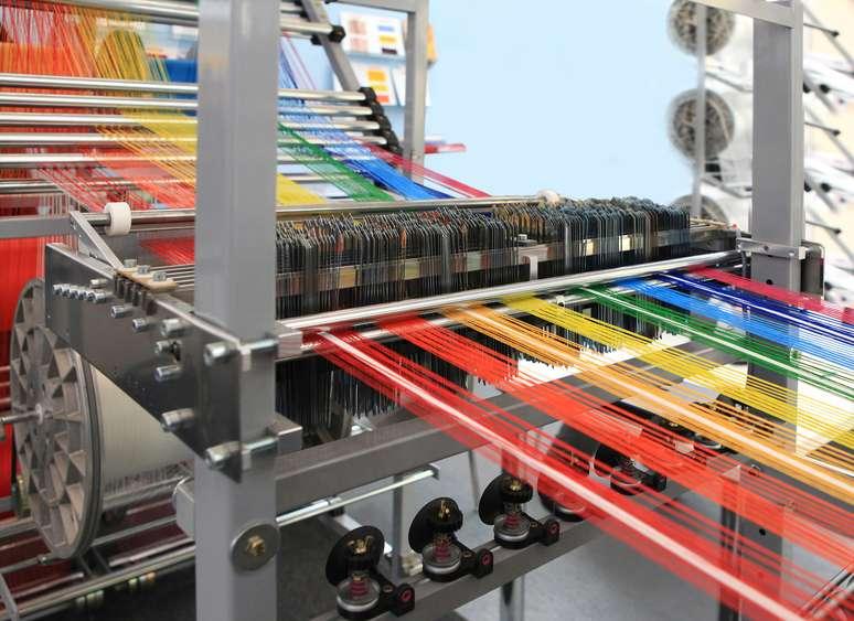 SIC Code 222 - Broadwoven Fabric Mills, Manmade Fiber and Silk