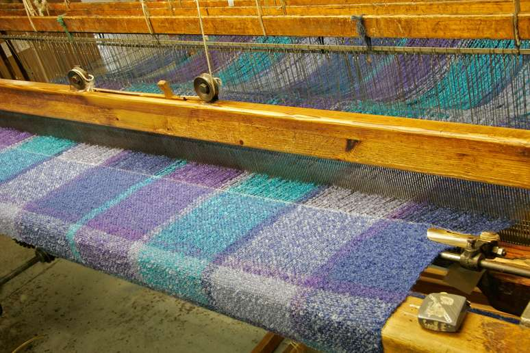 SIC Code 223 - Broadwoven Fabric Mills, Wool (including Dyeing and Finishing)