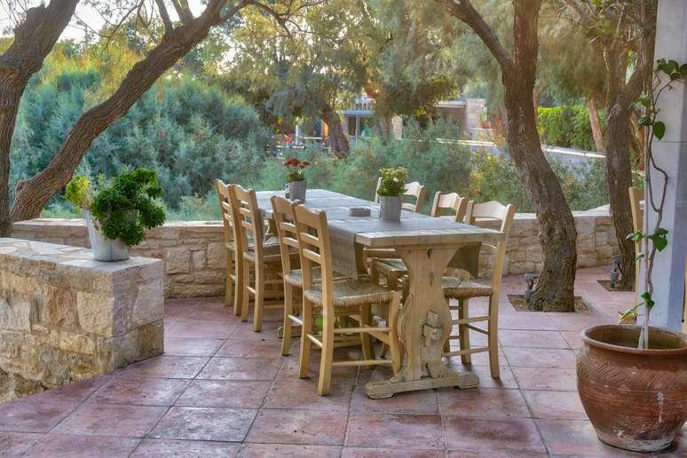 SIC Code 2512 - Wood Household Furniture, Upholstered