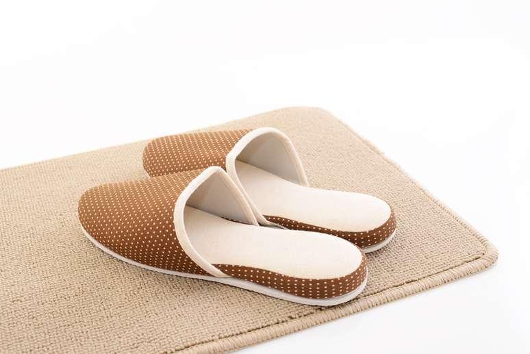 SIC Code 3142 - House Slippers