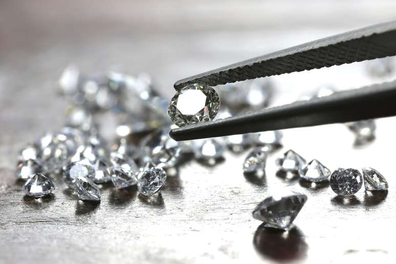 SIC Code 3915 - Jewelers' Findings and Materials, and Lapidary Work