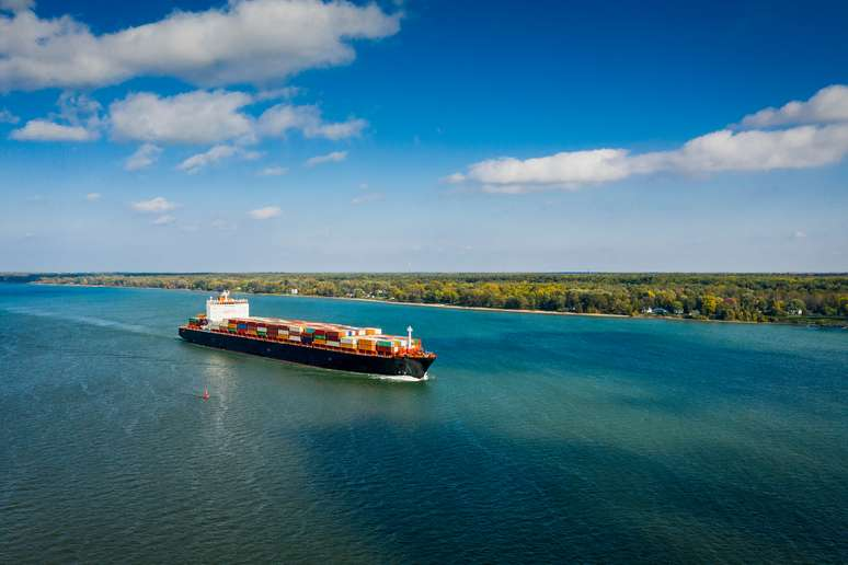 SIC Code 4432 - Freight Transportation on the Great Lakes-St. Lawrence Seaway