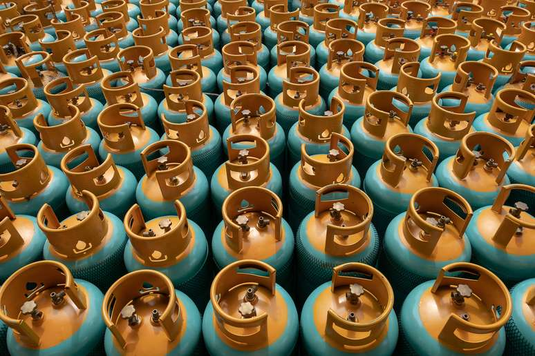 SIC Code 4925 - Mixed, Manufactured, or Liquefied Petroleum Gas Production and/or Distribution