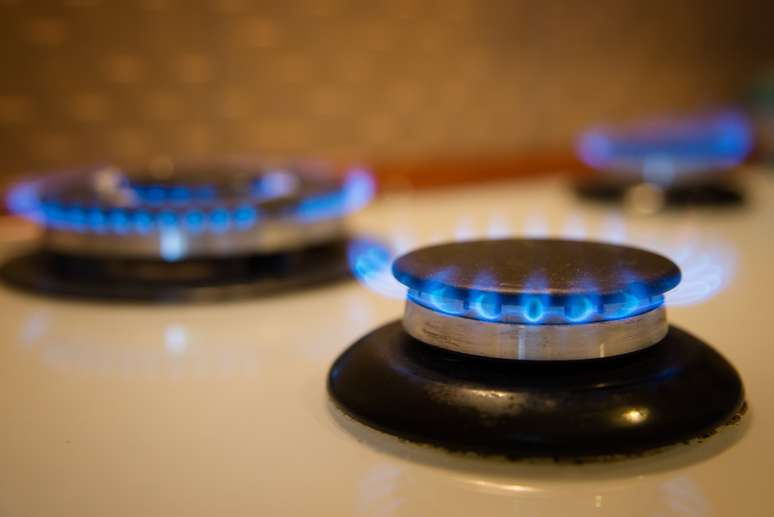 SIC Code 4932 - Gas and other Services Combined