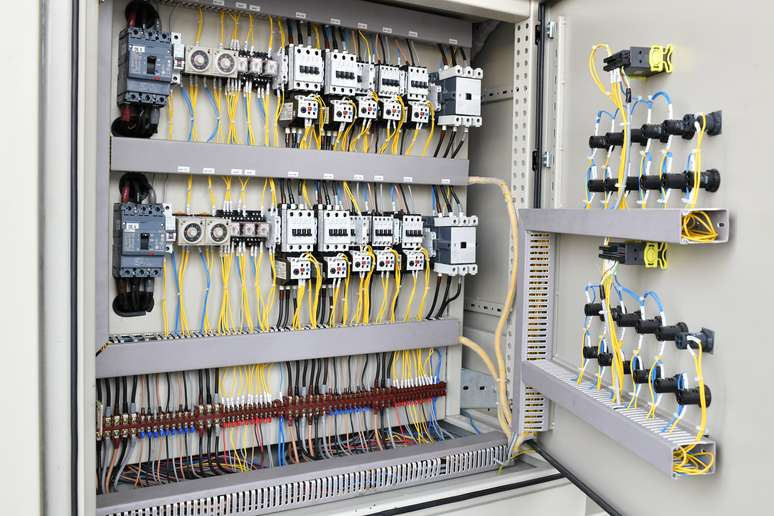 SIC Code 506 - Electrical Goods