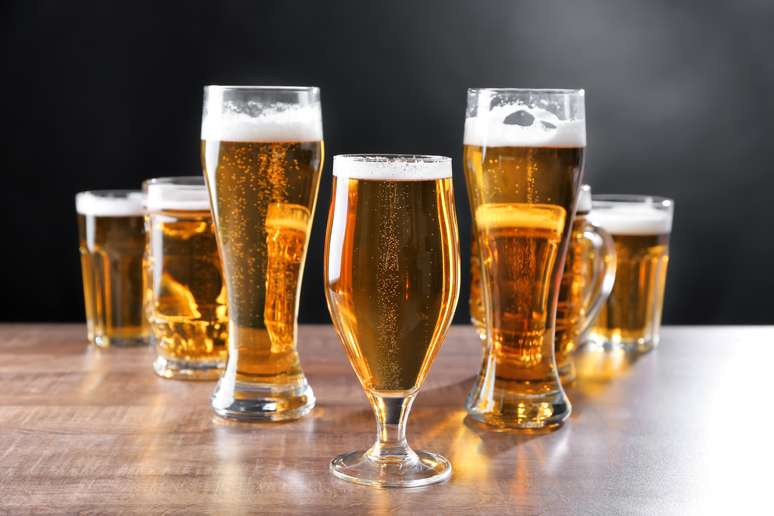 SIC Code 518 - Beer, Wine, and Distilled Alcoholic Beverages