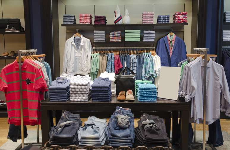 SIC Code 561 - Men's and Boys' Clothing and Accessory Stores