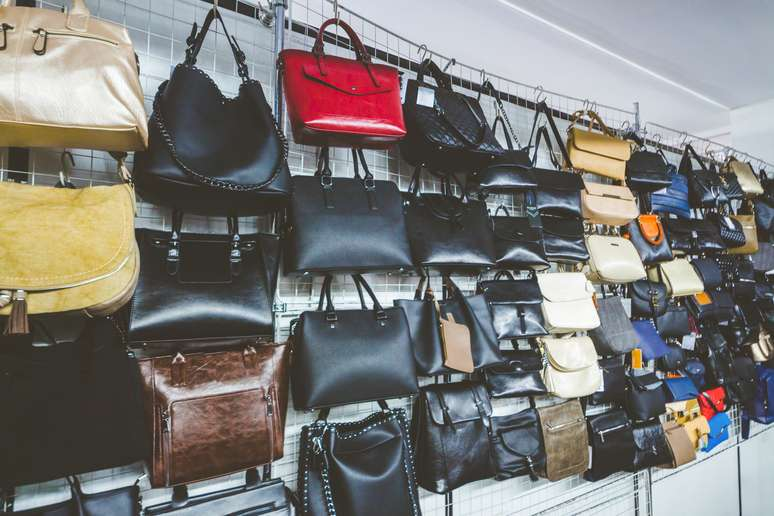 SIC Code 563 - Women's Accessory and Specialty Stores