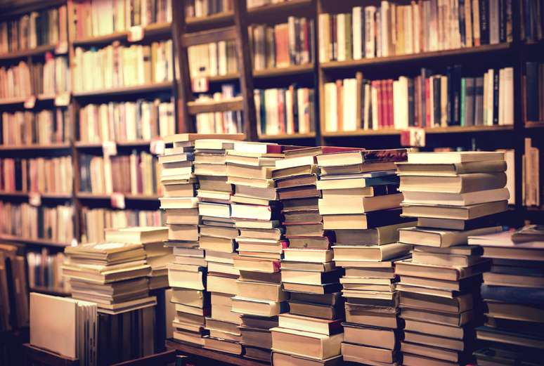 SIC Code 5942 - Book Stores