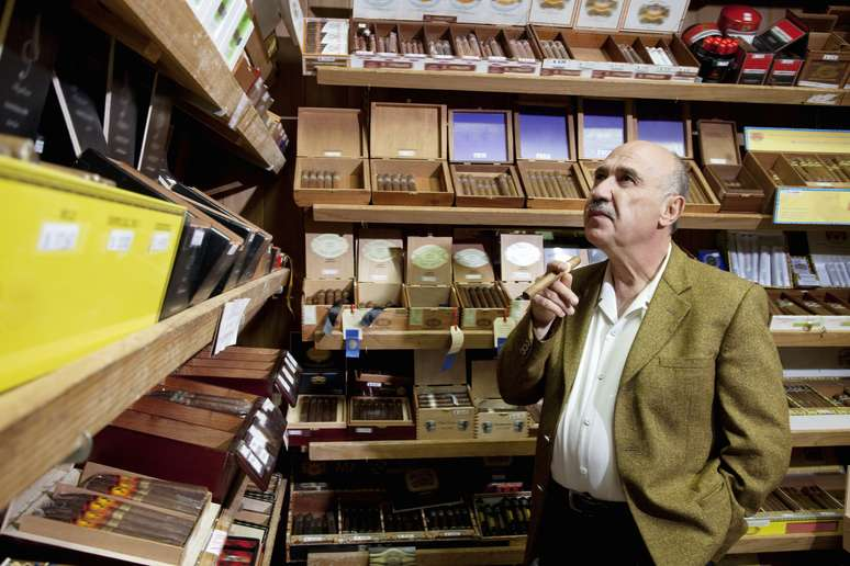 SIC Code 5993 - Tobacco Stores and Stands