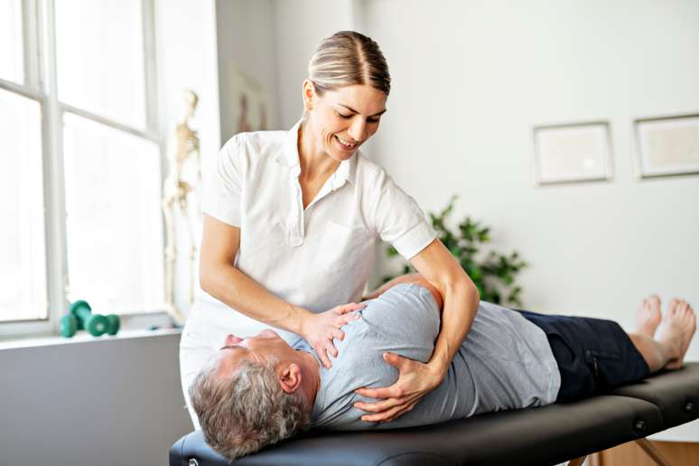 SIC Code 8041 - Offices and Clinics of Chiropractors